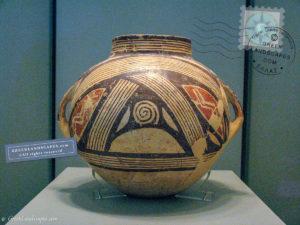 Dimini ceramic vase